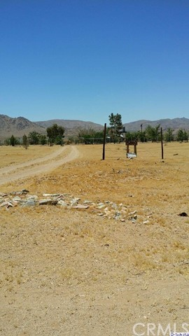 15860 Huff Road Lucerne Valley, CA 92356 - MLS #: 317005252