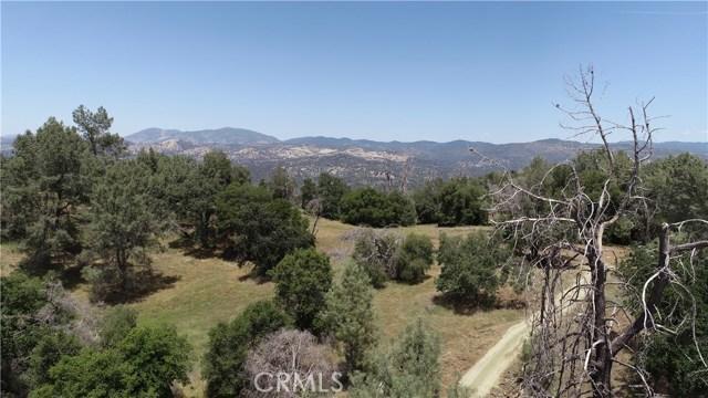 80 Lookout Mountain Road, Mariposa CA: http://media.crmls.org/medias/39631a38-db20-4085-90b4-132cef219e1a.jpg