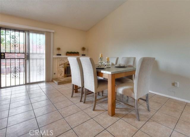 912 S Driftwood Avenue Bloomington, CA 92316 - MLS #: CV18265455