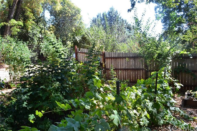 721 Fir Street, Paradise CA: http://media.crmls.org/medias/39699987-2d01-45c6-bae2-466ee7f33980.jpg