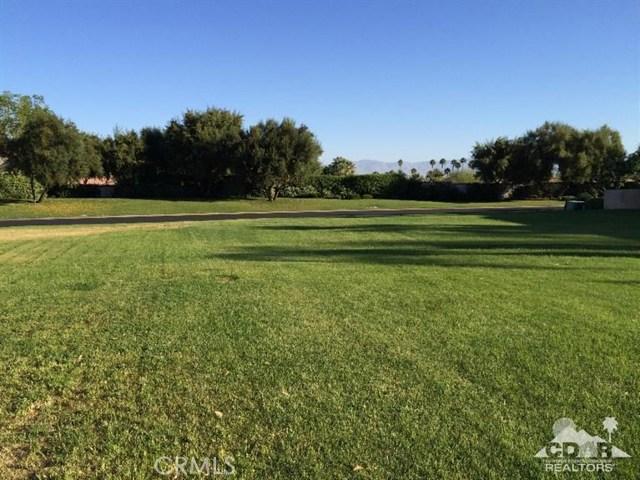 78531 Deacon Drive, La Quinta CA: http://media.crmls.org/medias/3974e131-302d-42c5-8f91-71d49fdf075a.jpg