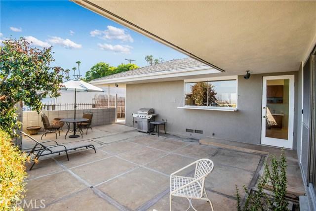 730 Oro Terrace, San Pedro CA: http://media.crmls.org/medias/397a2fc9-4793-4dbb-a4ad-9dc2427bc4cc.jpg