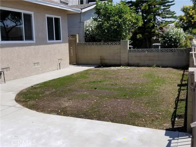 Casa Unifamiliar por un Venta en 18326 Devlin Avenue 18326 Devlin Avenue Artesia, California 90701 Estados Unidos