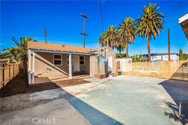 858 E 97th, Los Angeles CA: http://media.crmls.org/medias/39918cd9-649e-47ec-8b0f-d6d51fee096f.jpg