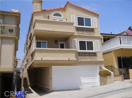 129 38th Street  Manhattan Beach CA 90266