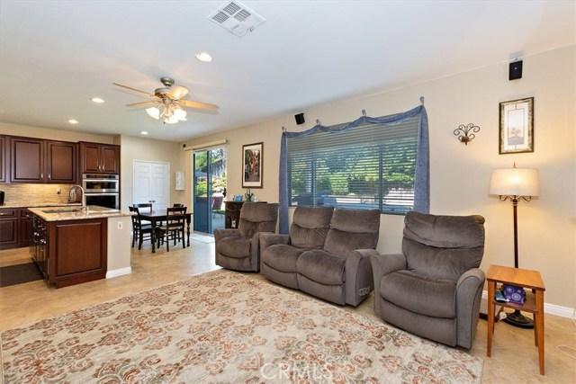 7695 Massachusetts Place, Rancho Cucamonga CA: http://media.crmls.org/medias/39abc368-3c62-482d-b9e1-d1def5593a2f.jpg