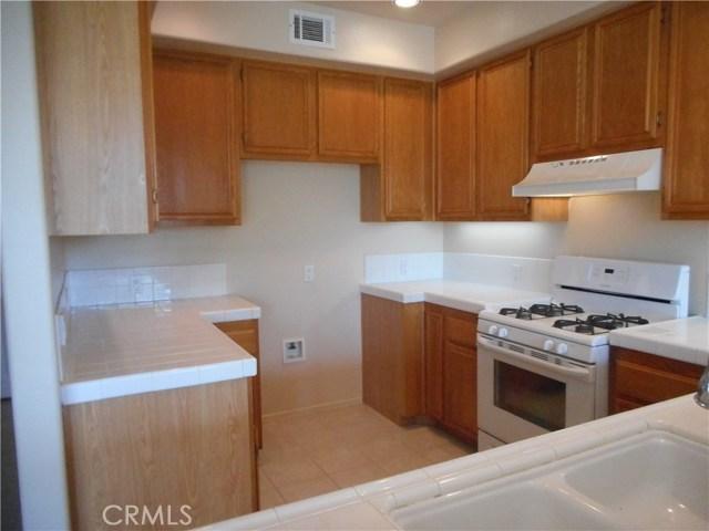 16 Sentinel Place, Aliso Viejo CA: http://media.crmls.org/medias/39ba975f-db1d-4606-8938-9264146596ca.jpg