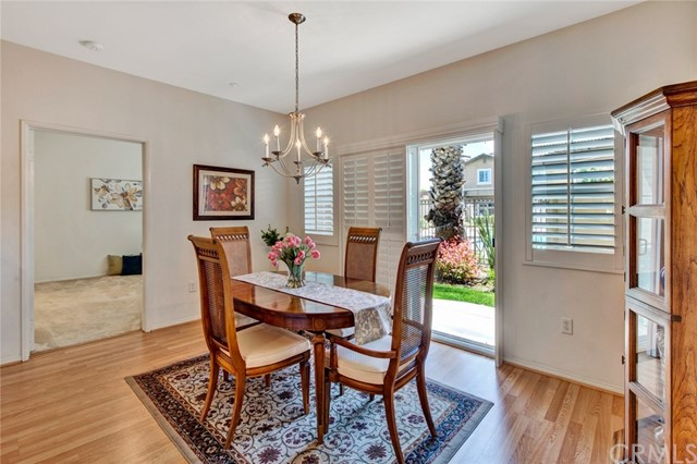 17772 Independence Lane, Fountain Valley CA: http://media.crmls.org/medias/39bbbe0a-d35e-4dee-8cd1-10823aab3983.jpg