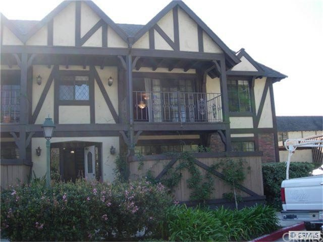 Condominium for Rent at 3613 South Bear St 3613 Bear Santa Ana, California 92704 United States