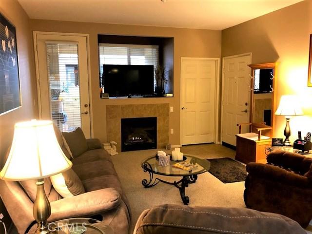 41410 Juniper Street, Murrieta CA: http://media.crmls.org/medias/39cbcdac-b684-4c4f-aaaf-b8d87a4adf6a.jpg