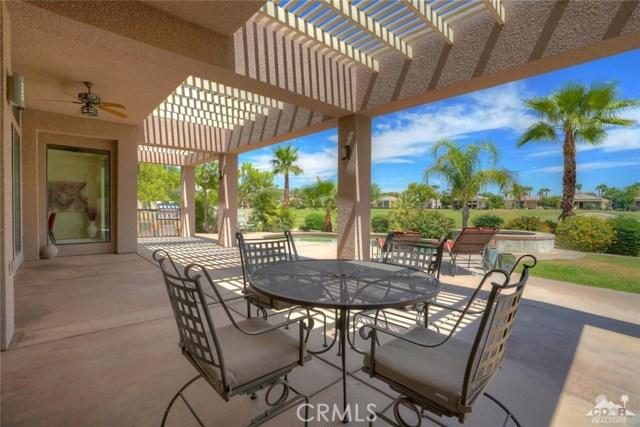 10 Via Haciendas, Rancho Mirage CA: http://media.crmls.org/medias/39d8984e-d64f-478b-bc61-95a483178c52.jpg