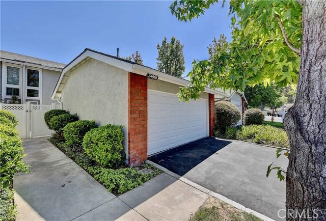 24986 Acacia Lane, Laguna Hills CA: http://media.crmls.org/medias/39dadc22-dd9e-40b2-a585-52d8bd1e6aee.jpg