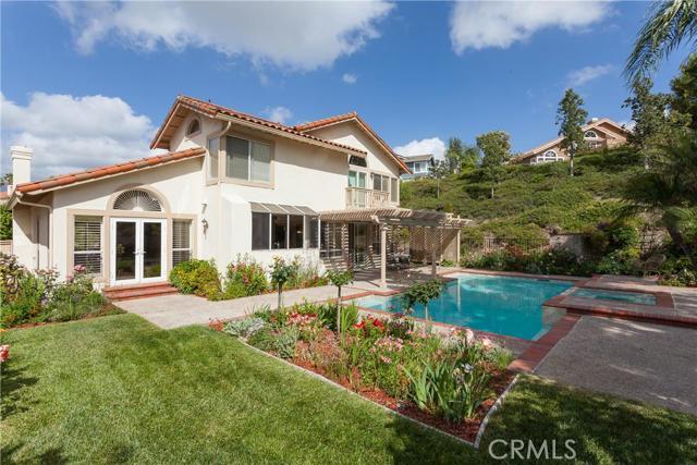 Single Family Home for Sale at 22171 Glenoaks St Mission Viejo, California 92692 United States