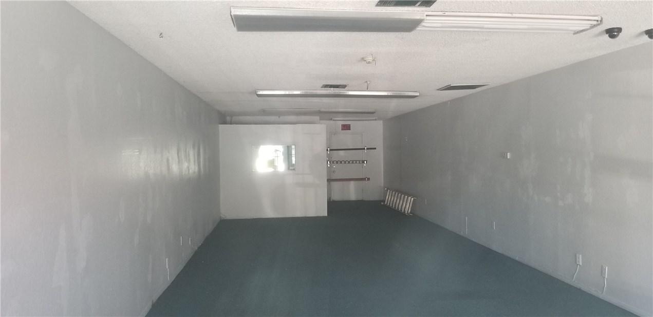 1255 N Vineyard Avenue Ontario, CA 91764 - MLS #: PW18186135