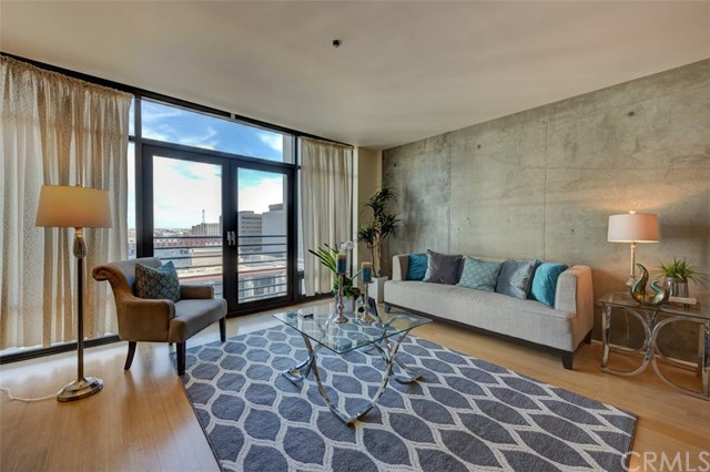 Homes for Sale in Zip Code 90015