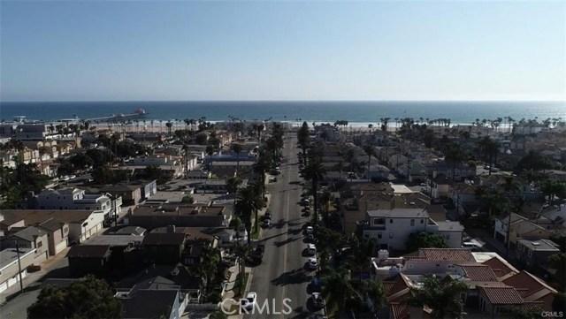 408 8th Street, Huntington Beach CA: http://media.crmls.org/medias/3a21dafa-5b31-4ae6-ad64-f73cc0b75a1e.jpg