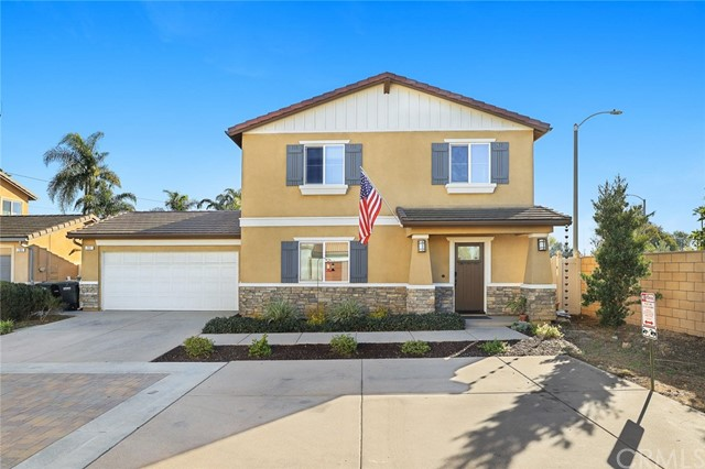 Detail Gallery Image 1 of 27 For 797 Center St, Costa Mesa,  CA 92627 - 3 Beds | 2/1 Baths