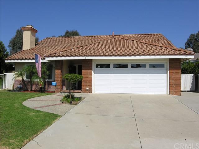 3 Rancho Vista Pl, Phillips Ranch, CA 91766