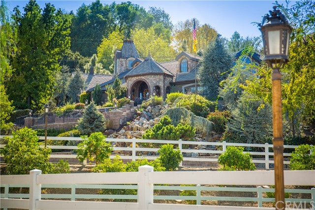 Single Family Home for Sale at 20224 E Lorencita Drive Covina, California 91724 United States