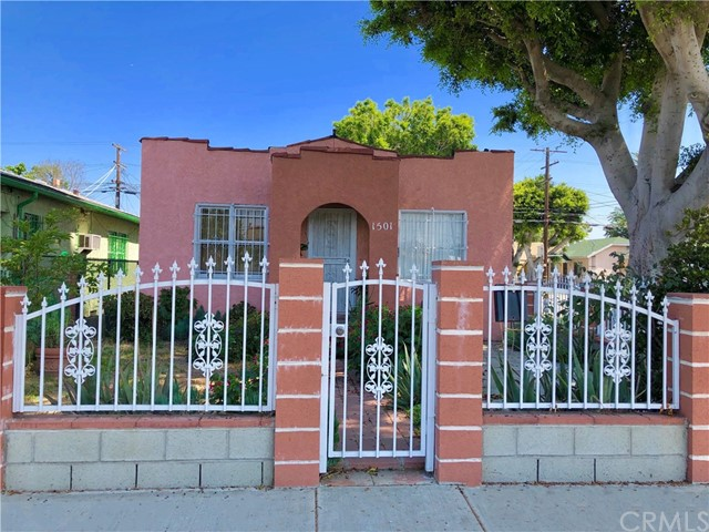 Photo of 1501 W 60th Place, Los Angeles, CA 90047