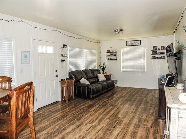 847 Crystal Lake Way, Lakeport CA: http://media.crmls.org/medias/3a50390b-569e-466d-bcfe-dc1c6daecb38.jpg