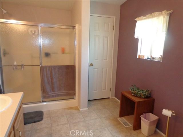 1251 E Lugonia Avenue, Redlands CA: http://media.crmls.org/medias/3a579228-a7e0-4798-89e3-cf14751e5572.jpg