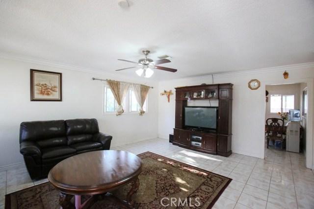 1597 W Minerva Av, Anaheim, CA 92802 Photo 2