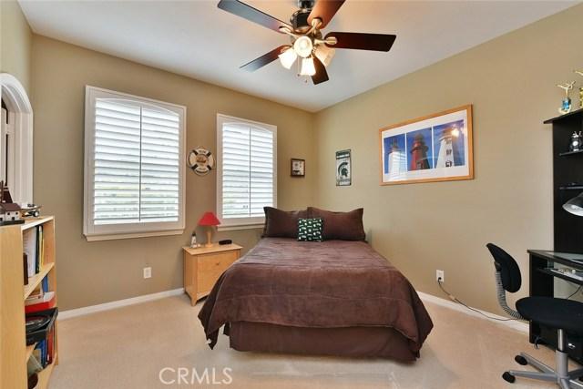 1335 Bentley Court, West Covina CA: http://media.crmls.org/medias/3a6b7fe4-92bc-4e25-903f-584c4330c38e.jpg