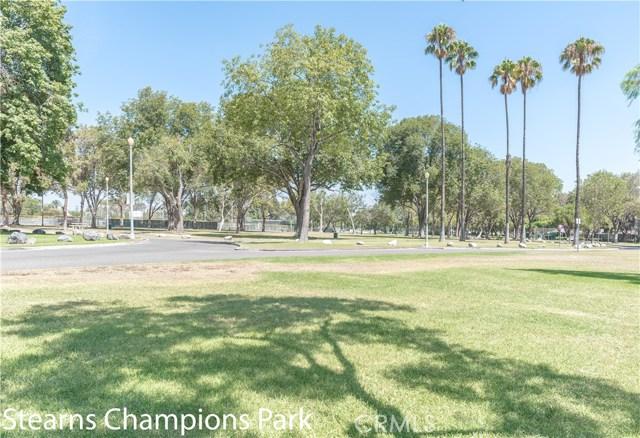 4514 E De Ora Way, Long Beach CA: http://media.crmls.org/medias/3a8d0454-1c0e-48b3-ba9d-237ef9c4ee82.jpg
