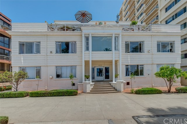 1045 Ocean Ave, Santa Monica, CA 90403 photo 15