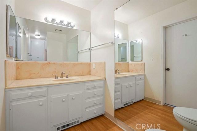 246 Beverly Street, Laguna Beach CA: http://media.crmls.org/medias/3aa58746-a5d2-4229-b80c-9f659aedec3e.jpg