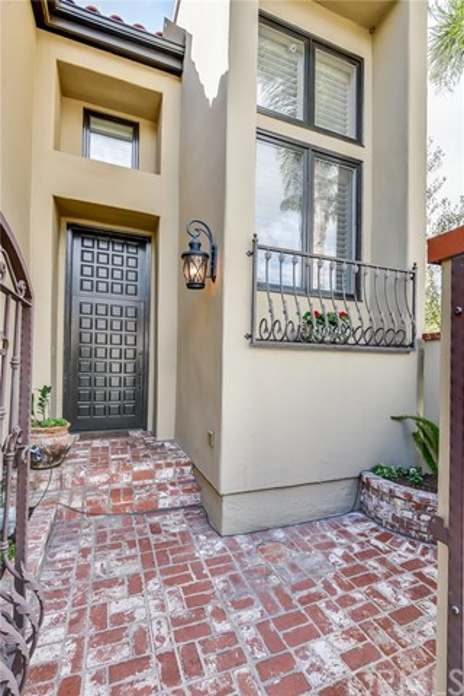 369 Seville Wy, Long Beach, CA 90814 Photo 3