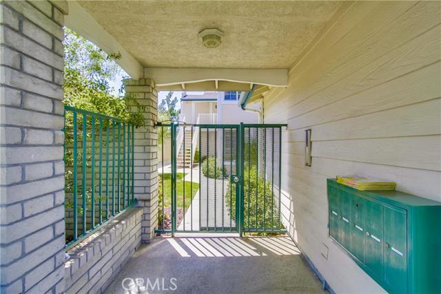 2125 San Anseline Av, Long Beach, CA 90815 Photo 1
