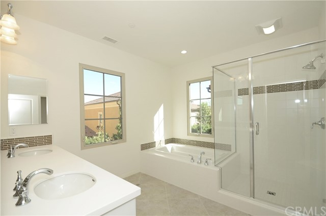 25 Bianco, Irvine, CA 92618 Photo 7