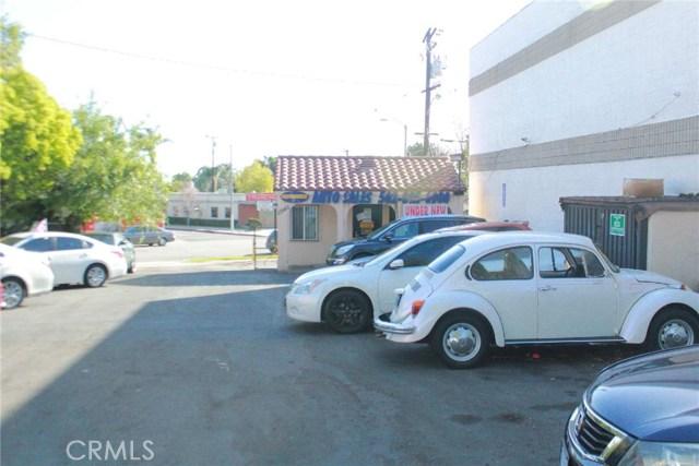 11540 Whittier Boulevard, Whittier CA: http://media.crmls.org/medias/3af1eaca-76dc-495a-8314-efb986705c36.jpg