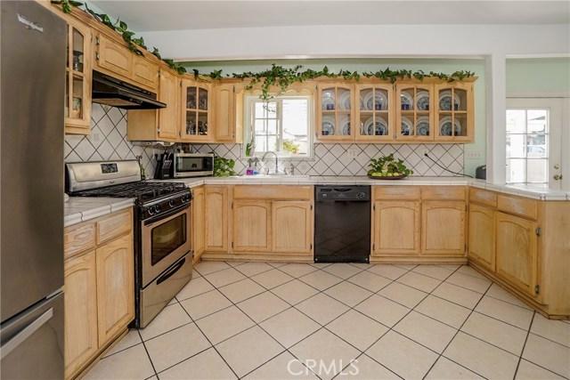 5838 Canobie Avenue, Whittier CA: http://media.crmls.org/medias/3af8796a-8fd1-4075-bd10-05217f4a210a.jpg