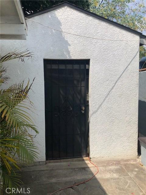 2529 W Occidental Street, Santa Ana CA: http://media.crmls.org/medias/3b016d78-7721-472d-9a51-89416048e272.jpg