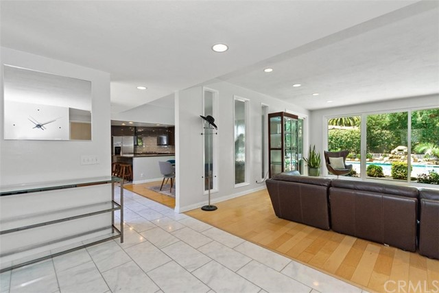 265 W Sonora Place, Claremont CA: http://media.crmls.org/medias/3b01cd9b-6e54-4e56-bc2e-47acac188517.jpg