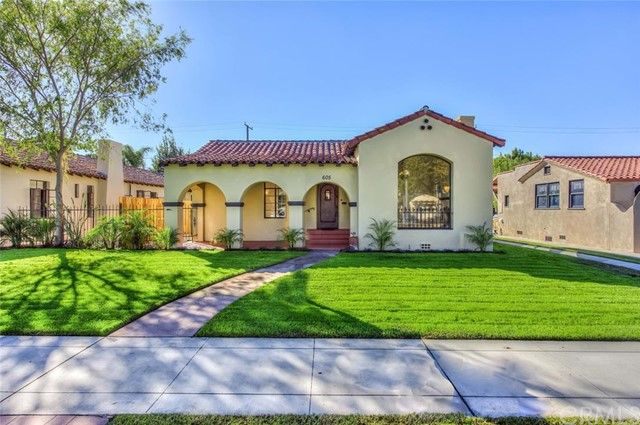 Single Family Home for Sale at 605 North Clementine St 605 Clementine Anaheim, California 92805 United States