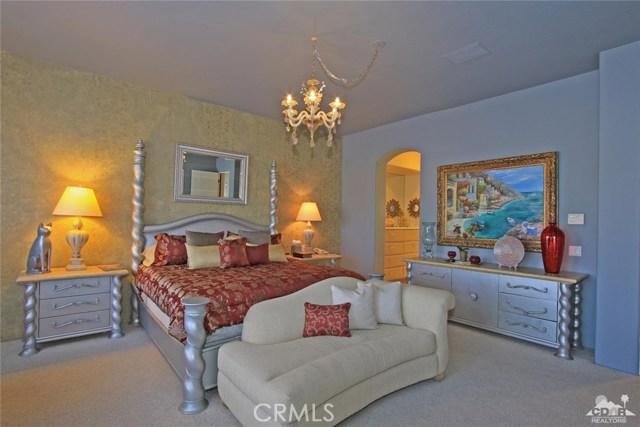 104 Loch Lomond Road, Rancho Mirage CA: http://media.crmls.org/medias/3b096850-1fdf-4ea3-b28c-bff040ac632e.jpg