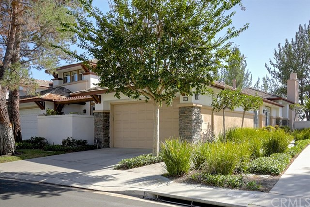 43 Bogey Lane Coto de Caza, CA 92679 is listed for sale as MLS Listing OC16718235
