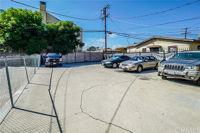6343 Brynhurst Ave, Los Angeles, CA 90043 photo 18