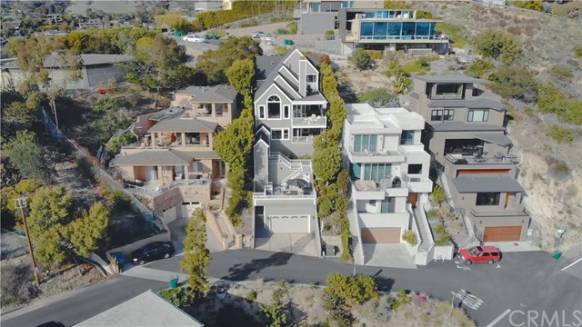 917  Summit Way 92651 - One of Laguna Beach Homes for Sale