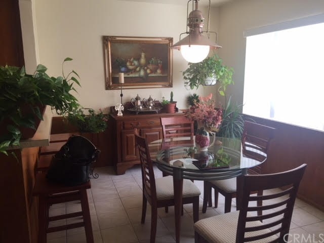 Condominium for Sale at 540 Evergreen Street Unit 9 540 Evergreen Street Inglewood, California 90302 United States