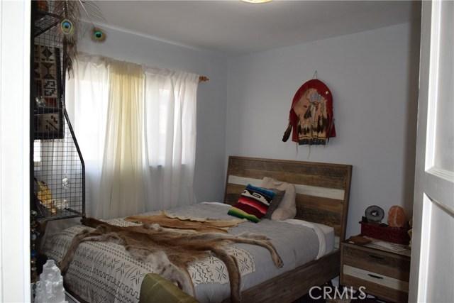 740 Maryland Street, El Segundo CA: http://media.crmls.org/medias/3b294eae-866e-436f-9c95-58e6506c4cf3.jpg