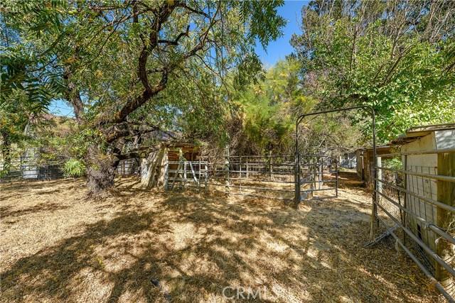 435 Park Way, Lakeport CA: http://media.crmls.org/medias/3b350062-9526-4f91-929e-97f52979e9dc.jpg
