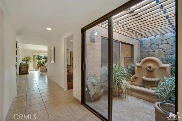 169 Camino Arroyo, Palm Desert CA: http://media.crmls.org/medias/3b38ccea-8054-4078-ad5c-5d94cdd844d9.jpg