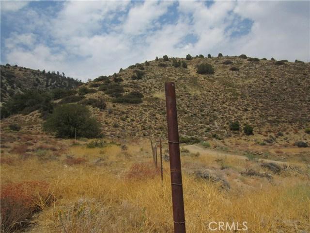 0 Frazier Park Mtn Rd, Frazier Park CA: http://media.crmls.org/medias/3b3fd383-ac8c-4e55-83aa-f96f9d3e56c3.jpg