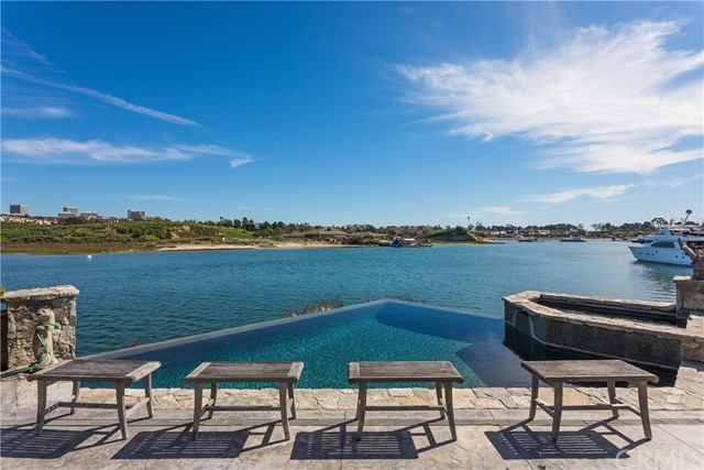 Single Family Home for Sale at 201 N Star Lane Newport Beach, 92660 United States