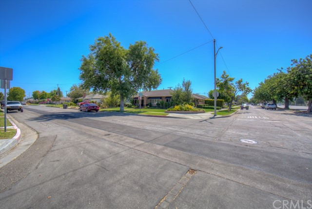 5102 E Pageantry Street, Long Beach CA: http://media.crmls.org/medias/3b4bb118-eb7f-439b-b00d-15083d5b7f7a.jpg